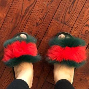 HOST PiCK!!Fun fur slides!!!